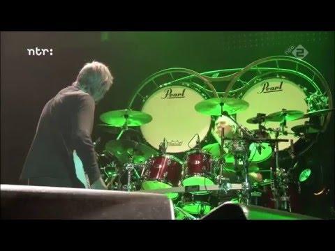 """Golden Earring """"Radar Love"""" Live  12-12-05 Amsterdam."""
