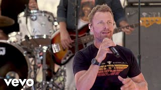 Dierks Bentley - Somewhere On A Beach (Live From The Today Show)
