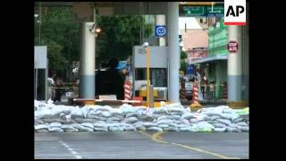 High water keeps crossings to US closed, more rain feared