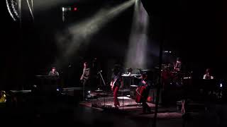 """Gambar cover """"Bleeding White"""", The Avett Brothers, DCU Center, Worcester, MA, 10/4/2019"""