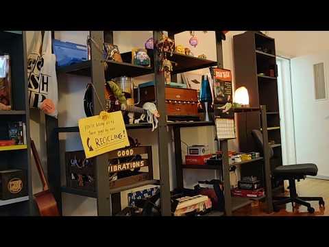 Bushes - Friends (Official Video)