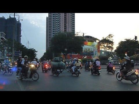 09.04.2013 Taxi ride through Ho Chi Minh City , Taxifahrt durch Saigon , german , deutsch *HD*