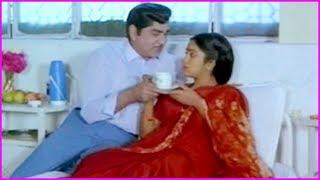 Best Scenes Of ANR In Telugu - illale Devatha Telugu Movie Scenes | Radhika