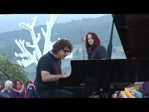 Romena: concerto all'alba di Remo Anzovino