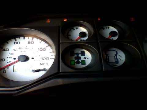 2005 Mitsubishi Montero Limited Start Up & Rev