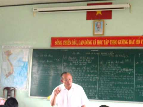 Thầy Giáo Hoàng Xuân Nghị - THPT CƯMGAR - DAKLAK - 12A6