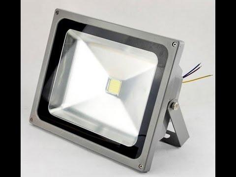 Neu 10W / 20W / 30W / 50W LED Fluter Flutlicht Warmweiß / Kaltweiß  HP28
