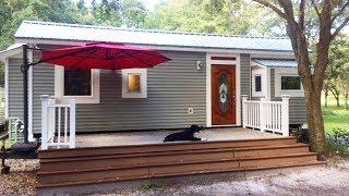 Jarid's 32ft Tiny House With Main Floor Bedroom | Lovely Tiny House