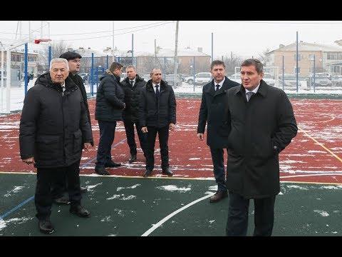 Губернатор Андрей Бочаров оценил проекты развития Киквидзенского района