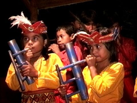 Indonesien - Sulawesi - Tana Toraja - Musik in Rantepao