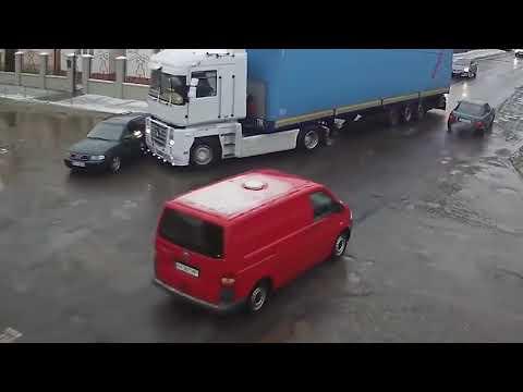 Россия Зима аварии ДТП, любители летней резины Car Crash