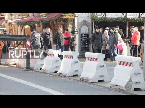 Germany: Dresden police install barriers at Christmas market after Berlin lorry attack