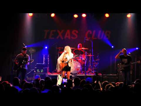 Kelsea Ballerini  First Time  at The Texas Club