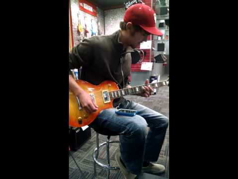 19 year old Nick Czarnick. Fast Fretboard