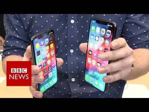 Hands on with Apple's new iPhone XS and iPhone XS Max - BBC News