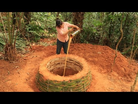 Primitive Technology: Digging A Well in Search for a Source of Water to Survive in the Wilderness #2
