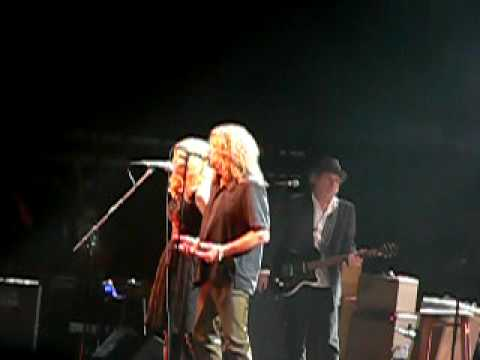 Robert Plant and Alison Krauss Sing Country Versions of ...