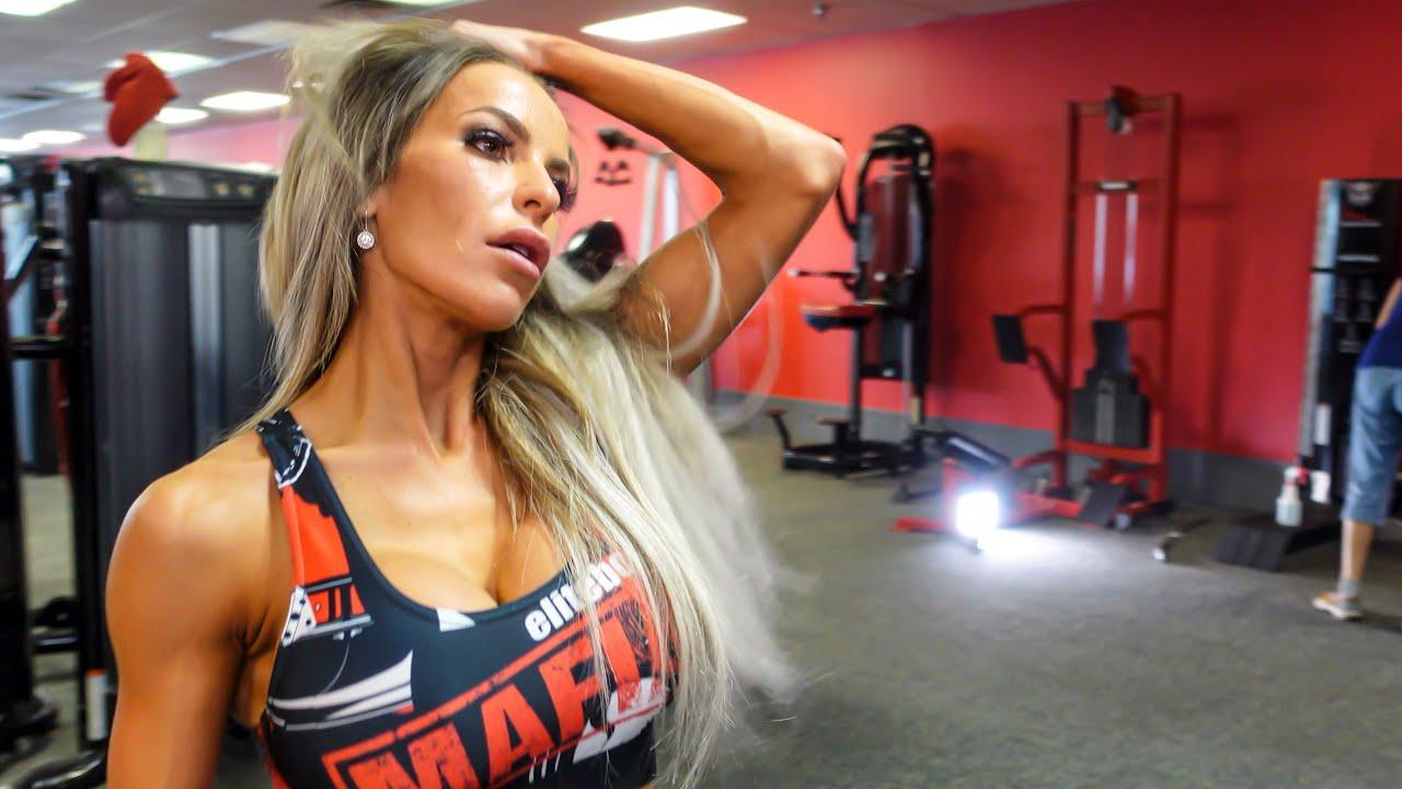 Autumn Blair Bikini - Post Contest workout at Iron Religion In Orlando Olympia Elite Body ProTan