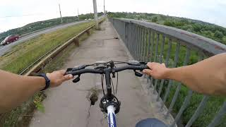 Проезд по другой стороне Октябрьского моста. Ещё больше ям. Неудобный Липецк