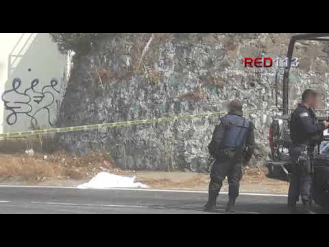 VIDEO Hombre de la tercera edad fallece atropellado en la carretera a Paracho