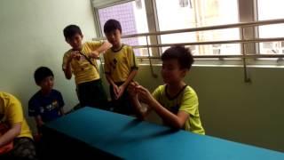 筲箕灣崇真學校(魔術師變紙巾)