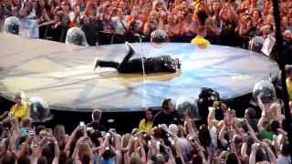 ROBBIE WILLIAMS  - LET ME ENTERTAIN YOU - 1/07 SHOW OPENING 2013 - MANCHESTER