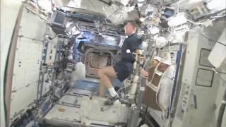 La station spatiale international comme si vous y étiez! HD