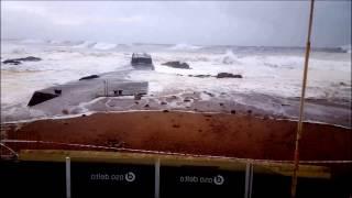 Tempestade no mar - Praia do Molhe - Porto, Portugal - Mau tempo
