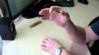 воблер Jackall Tiny Fry уловистый для ультралайт рыбалки на окуня
