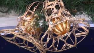 Счастливого Рождества! За окошком снег закружился и приходит вновь Рождество