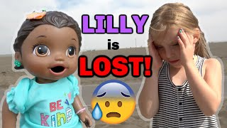 BABY ALIVE gets LOST at the BEACH! The Lilly and Mommy Show! The TOYTASTIC Sisters. FUNNY KIDS SKIT!