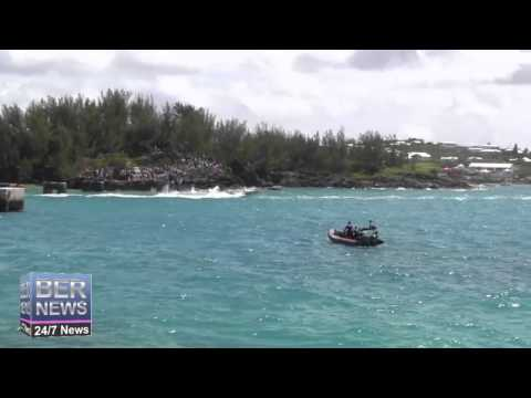 Around The Island Powerboat Race Start, August 17 2014