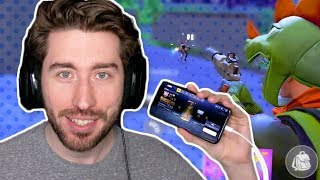 Playing FORTNITE on the iPHONE X!