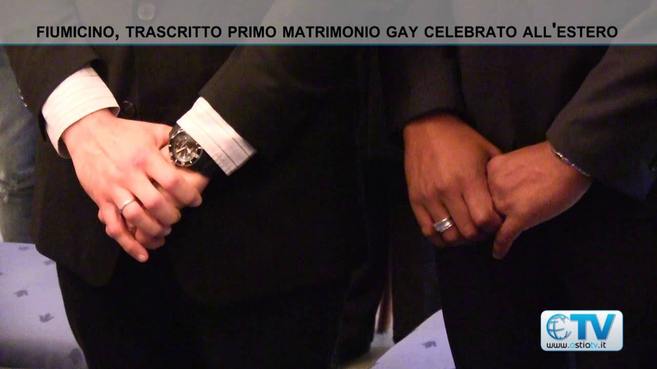 Primo Matrimonio Gay Toscana : Fiumicino trascritto primo matrimonio gay celebrato all