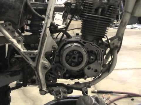 1987 Honda XR200 Engine removal - YouTube on