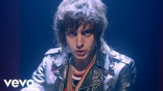 Watch Daft Punk Instant Crush feat Julian Casablancas video