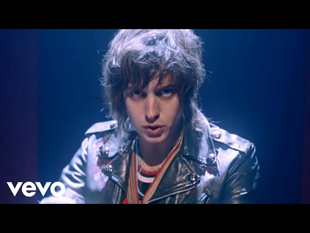 Daft Punk - Instant Crush (Video) ft. Julian Casablancas