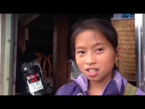 Kid in Sapa - Vietnam speaks English