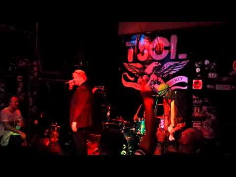 TSOL - Politics (The Damned cover) / The Triangle / Drum solo / Fuck You Tough Guy (Vienna 2013) mp3