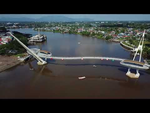Jambatan Darul Hana, Kuching, Sarawak (Video by Ijamfotoklik)