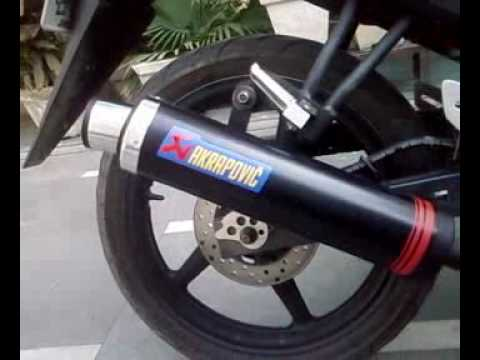 yamaha r15 with custom AKRAPOVIC EXHAUST