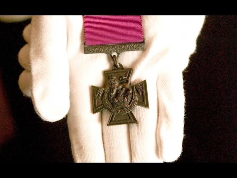 Outrage Over School's Plan To Sell Victoria Cross | Forces TV