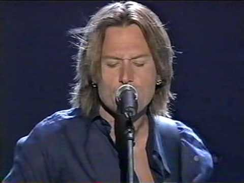 Keith Urban - Rainin' On Sunday (LIVE)