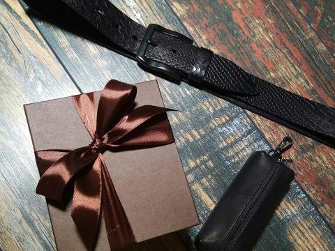 Ремень в подарочной упаковке