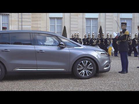 На каких машинах прибыли Зеленский, Путин и Меркель во дворец. Новости Украины