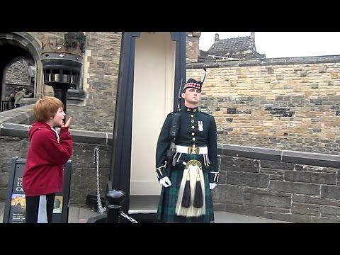 Edinburgh Castle changing of the guard