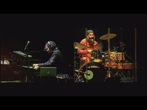 9:30 Collective Meets Alien Chatter (live at the Palace of Arts Budapest, full concert)