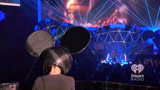 Professional Griefers - deadmau5 (ft. Gerard Way) Live IHeartRadio Festival