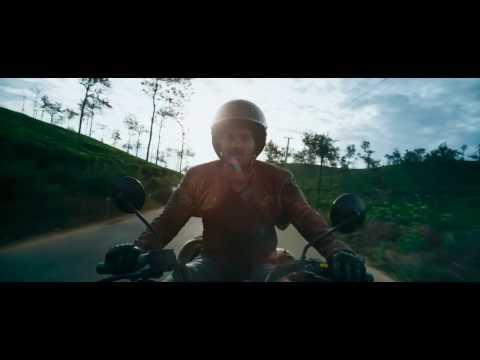 Neelakasham Pachakadal Chuvanna Bhoomi BGM Remix