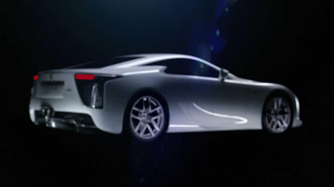 Marvelous Lexus LFA Tears Up The Mount Fuji Speedway / Lexus LFA Domine La Le Circuit  De Vitesse « Fuji »